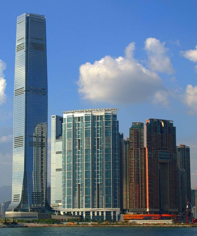 tallest buildings international commerce