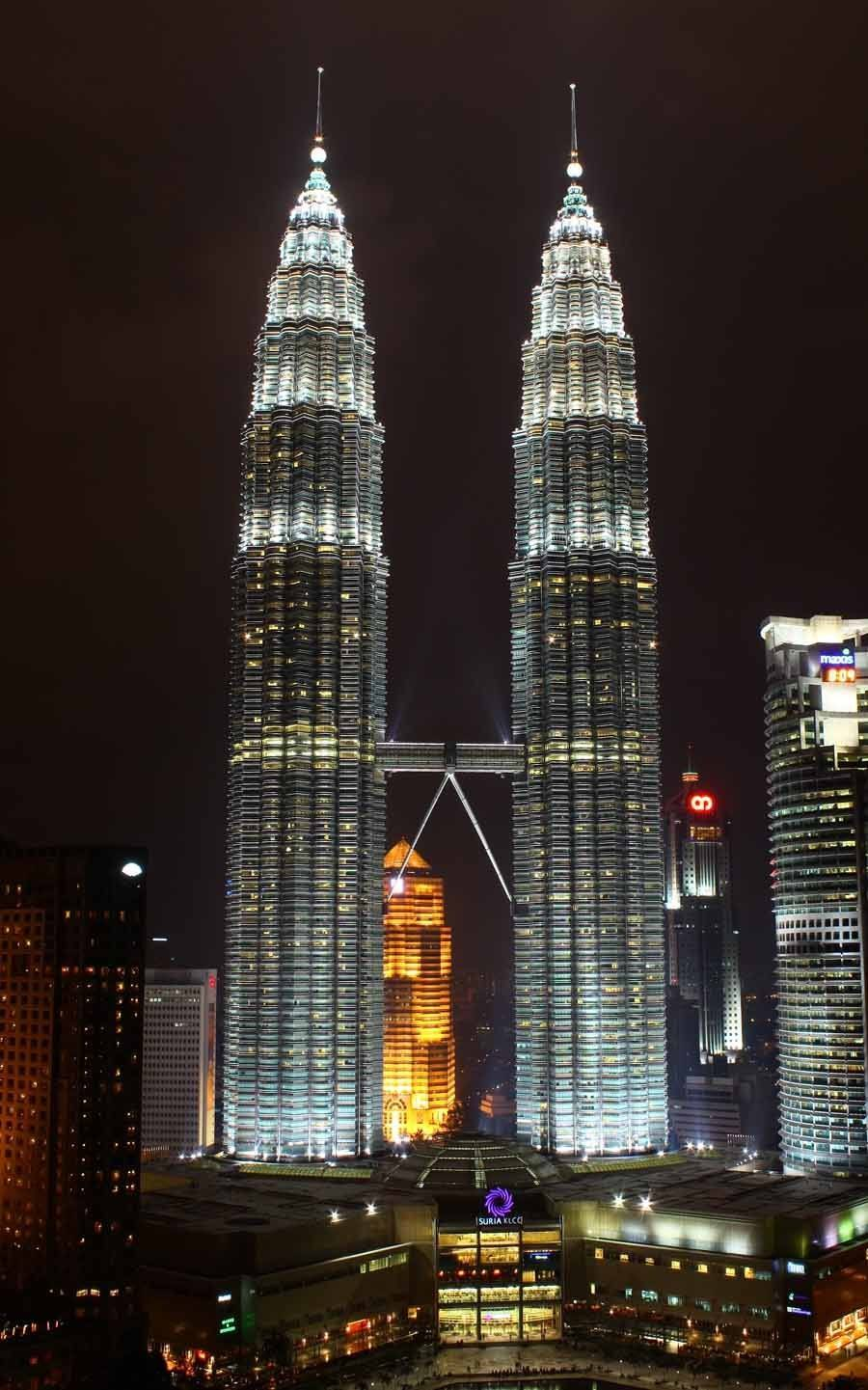 Tallest Buildings Petronas Towers