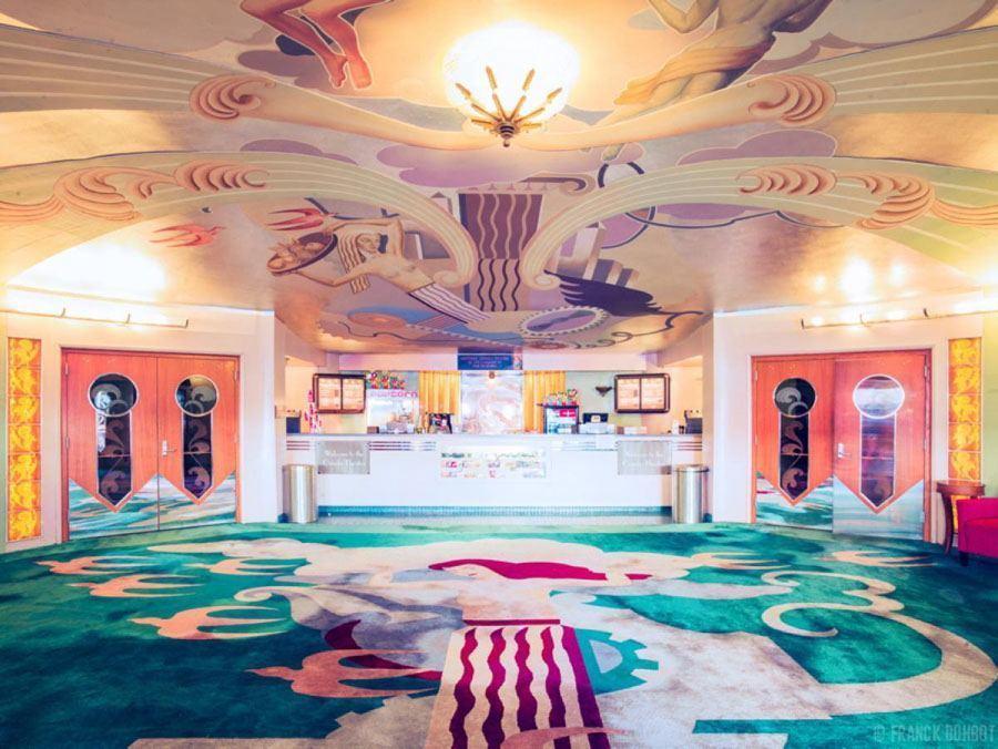 coolest cinemas orinda california lobby