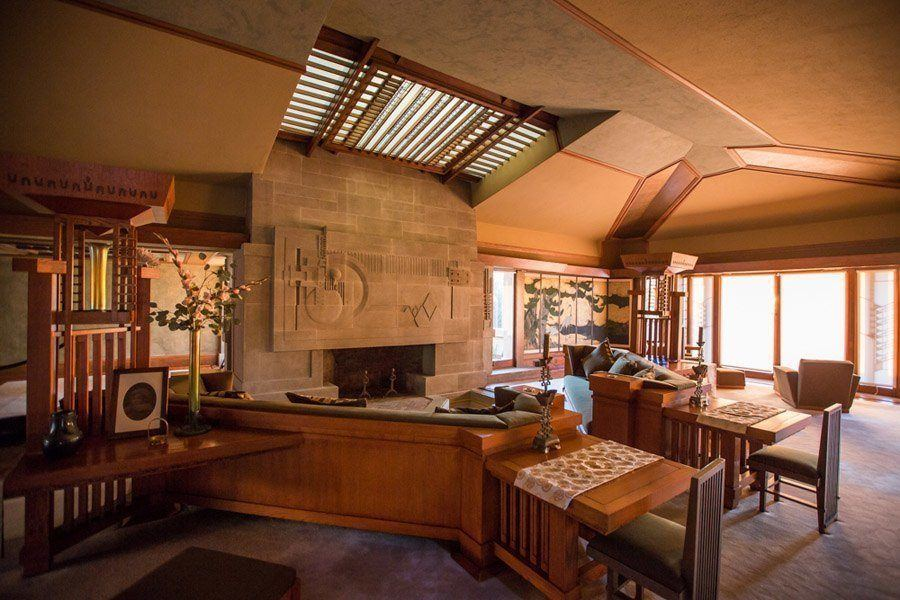 frank lloyd wright hollyhock house living room