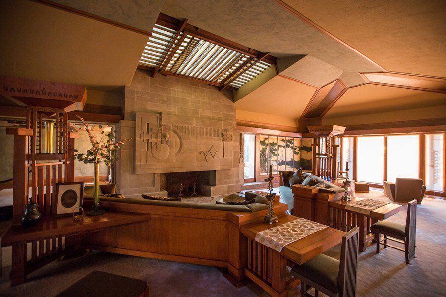 frank lloyd wright hollyhock house living room