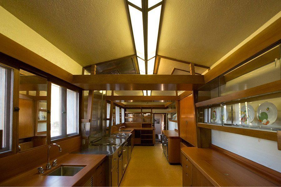 frank lloyd wright hollyhock house kitchen