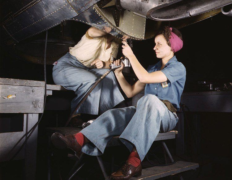 women of WWII aircraft team