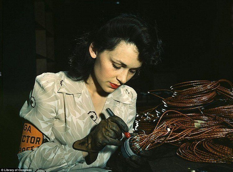 women of WWII red lipstick marking parts