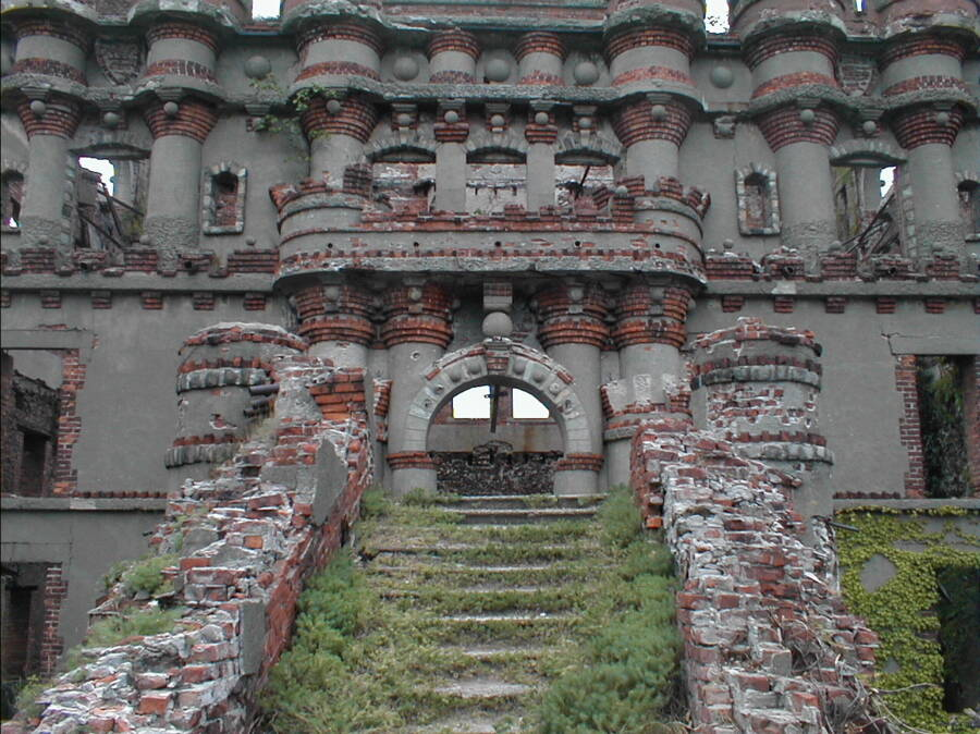 Bannerman Castle Stairs