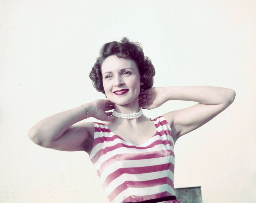 Betty White Pearls Stripes