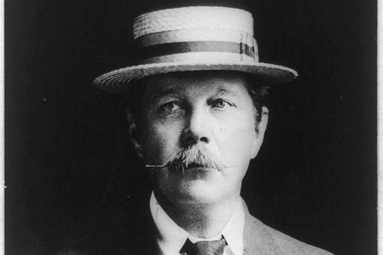 Arthur Conan Doyle Facts Dapper Hat