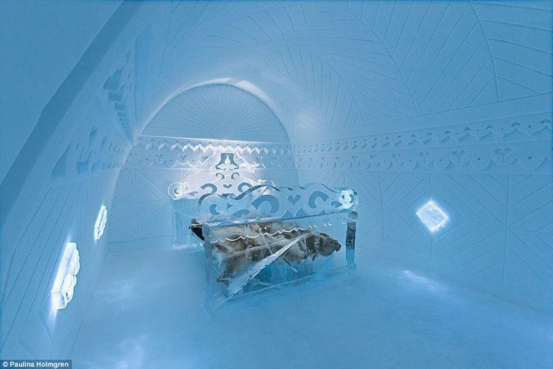 Borderland Room in Ice Hotel