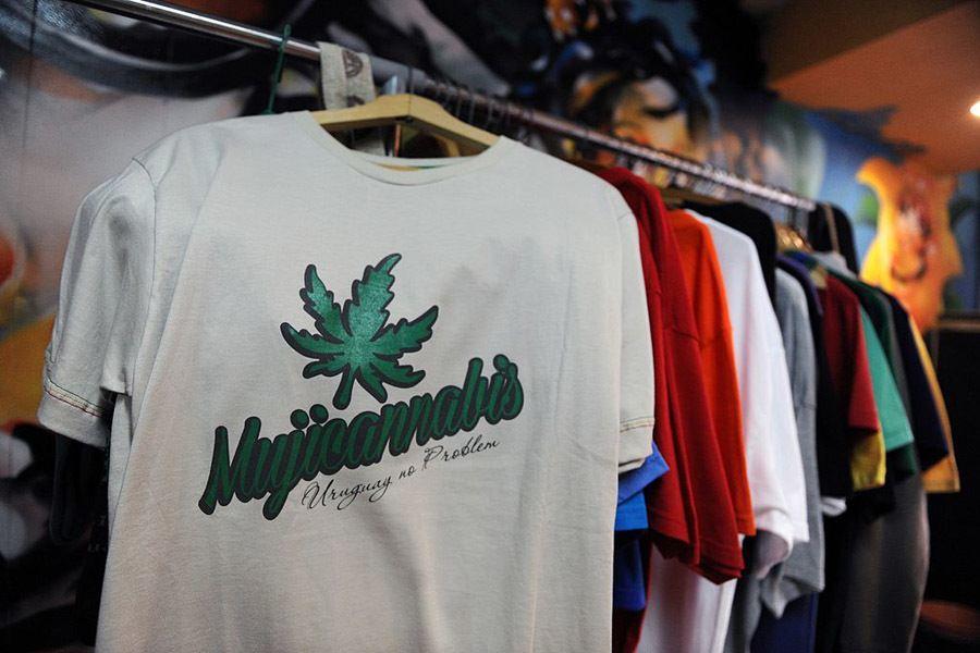 Mujicannabis Shirt