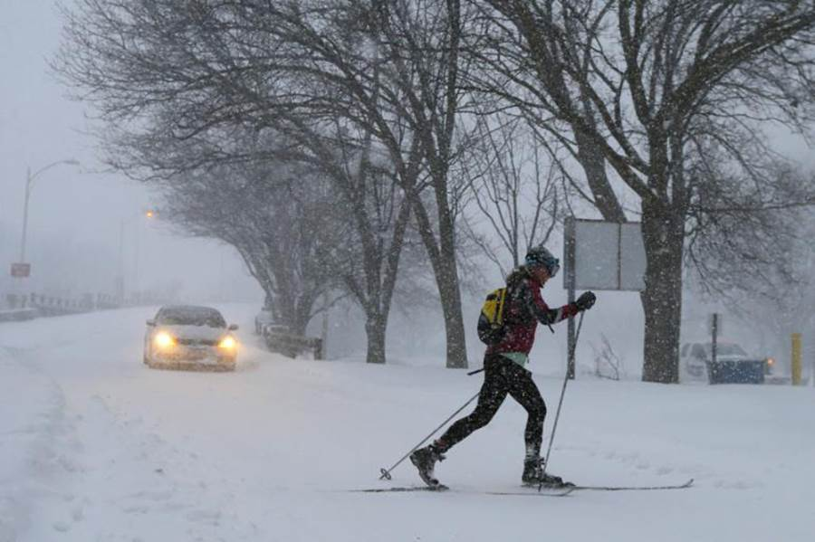Cross country skis northeast snow