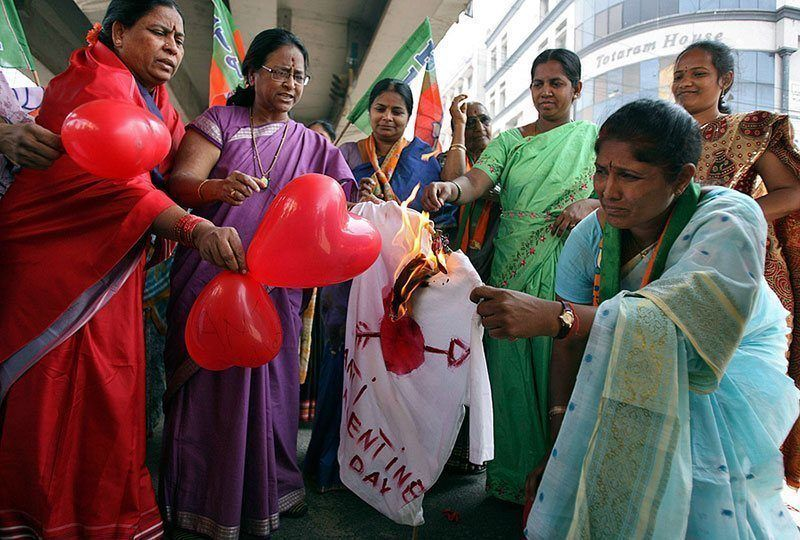 Indian Women Protest Valentine's Day