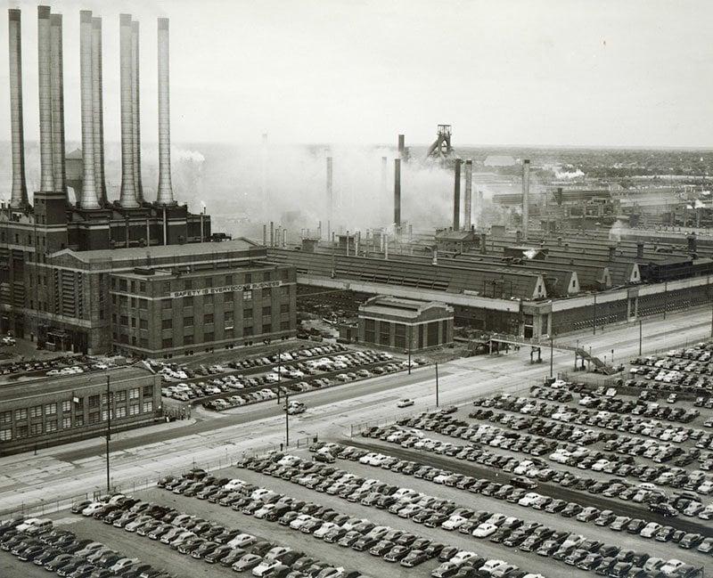Vintage River Rouge Plant