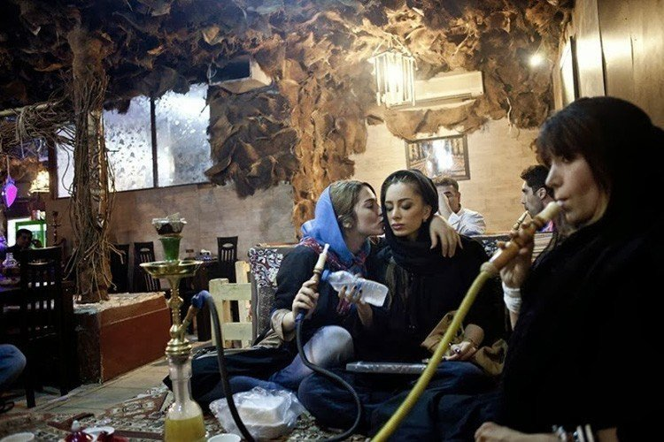 Everyday iran hookah bar