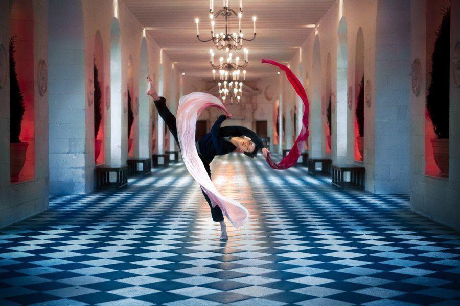 mickael jou hallway scarves