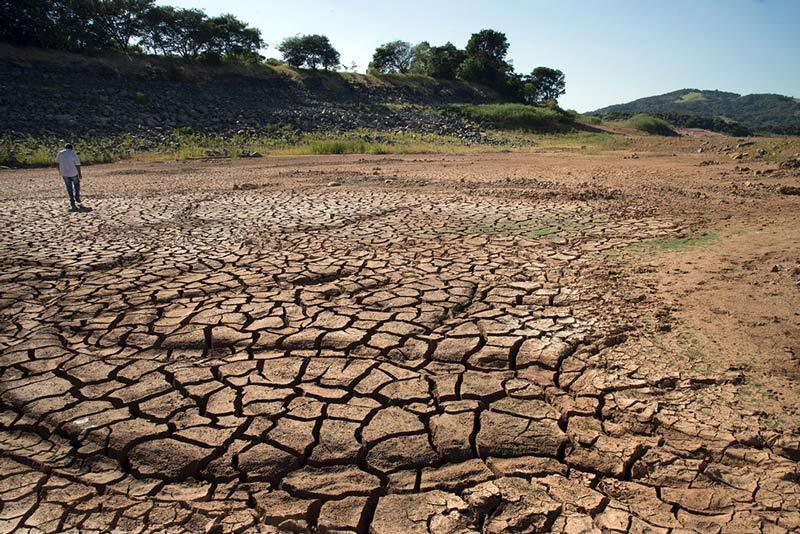 Brazil water crisis, cracked earth