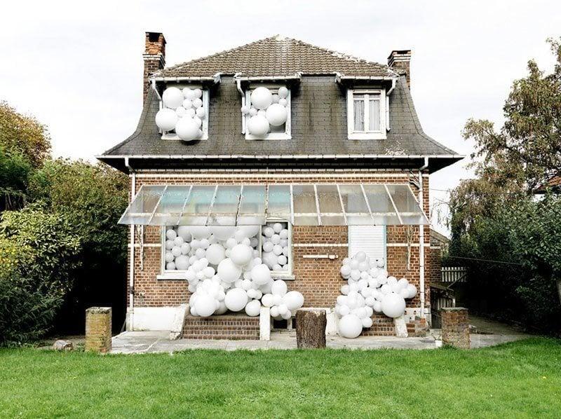Balloon Invasions by Charles Petillon