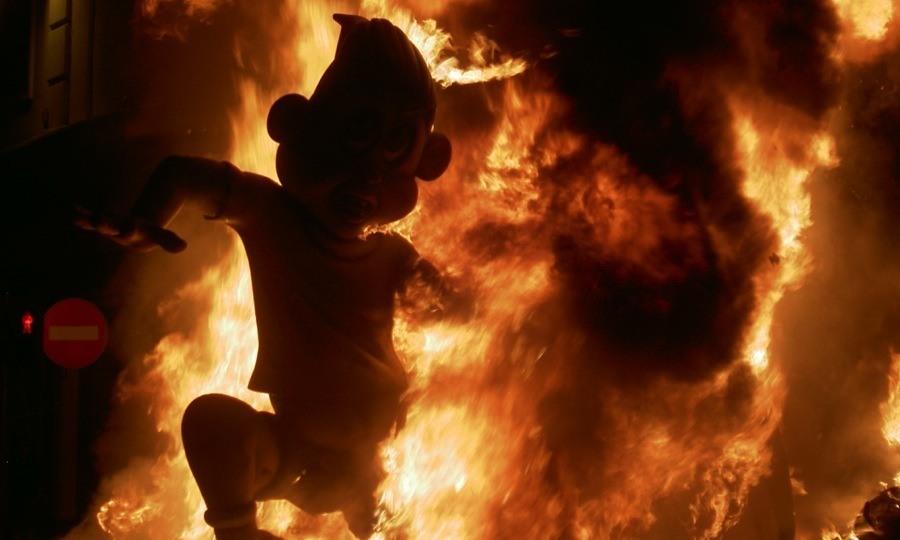 Las Fallas Burning Boys