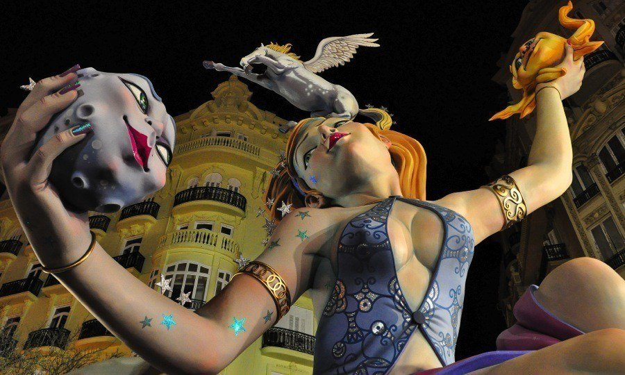 Las Fallas Woman