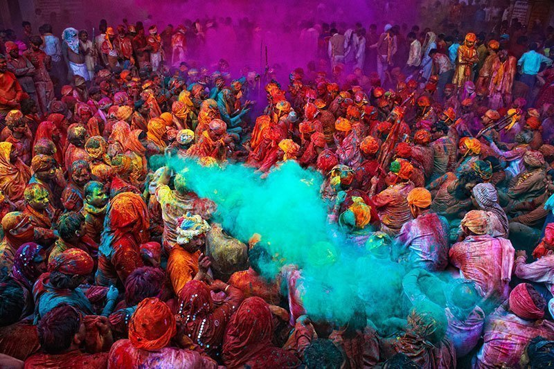 Vibrant Holi Traditions