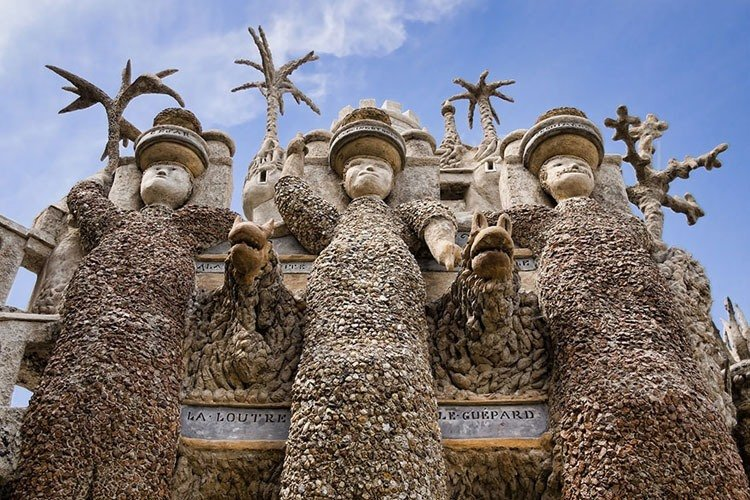 pebble castle three figures