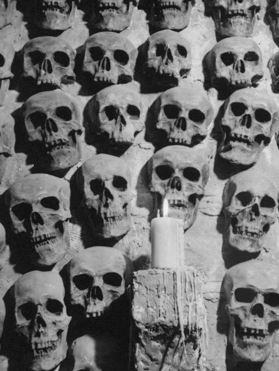 Catacombs Nightclub skulls