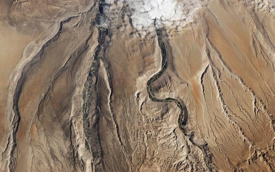earth in crisis plateau