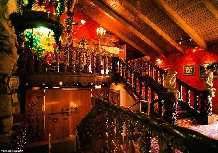 madonna inn indoor balcony