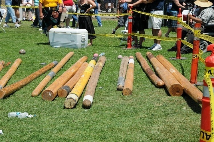 Cowal Games Cabers