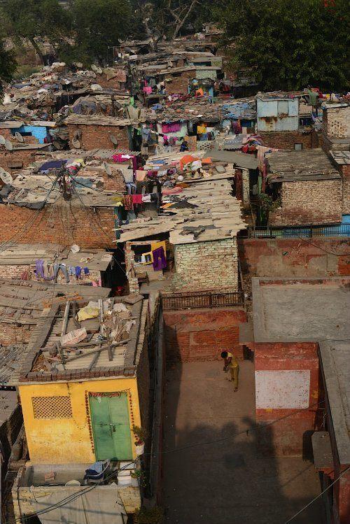 Kathputli Slum