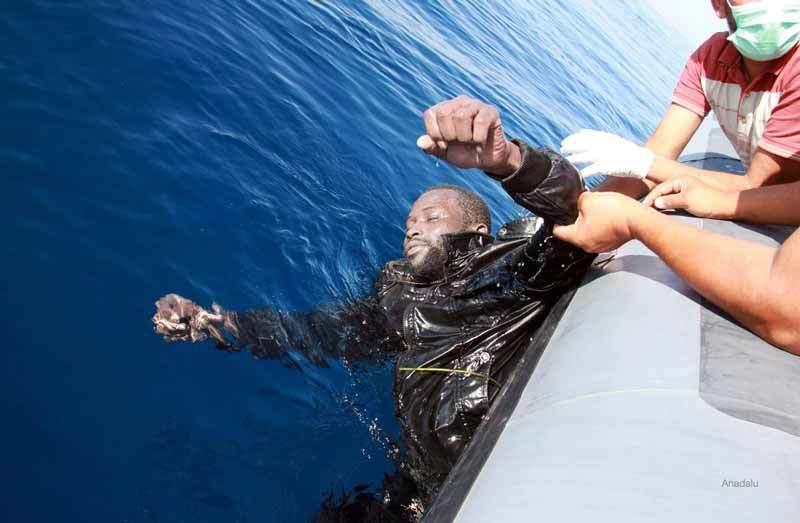 Drowned man pulled from Libyan coastal waters