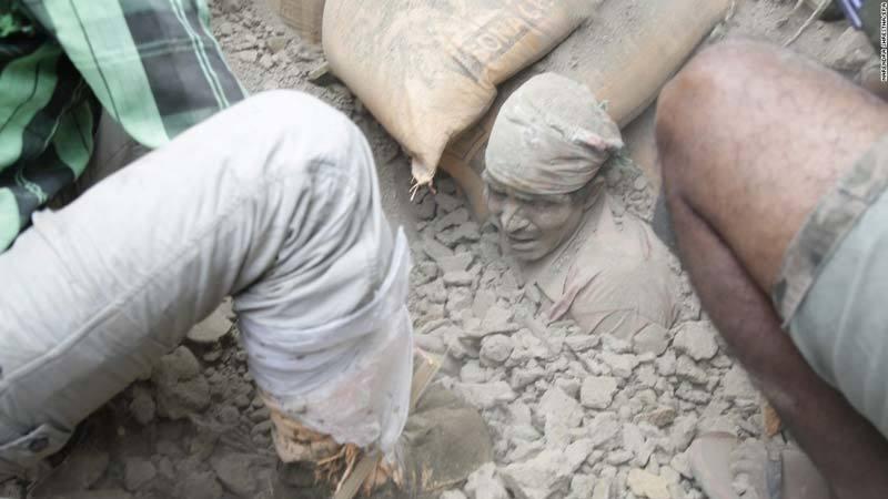 Man trapped in rubble in Nepal