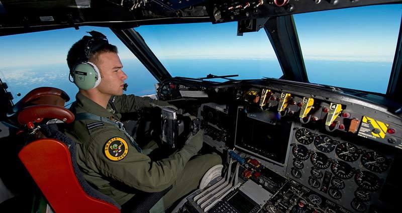 Pilot staying awake over ocean