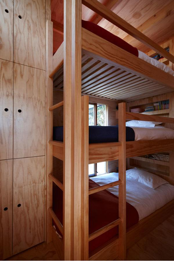 Hut on Sleds Bunk Beds