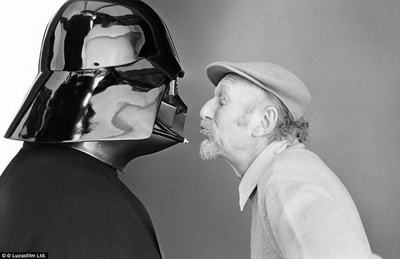 Kissing Darth Vader Picture