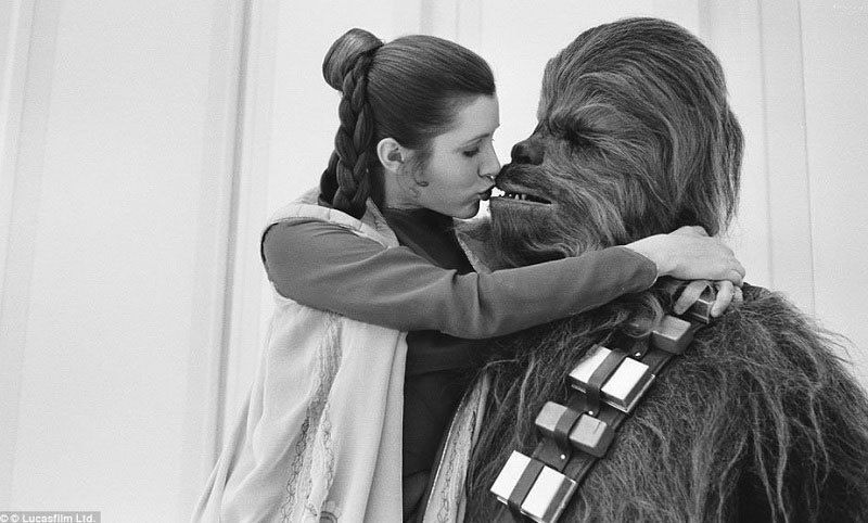 Princess Leia Kissing Chewbacca