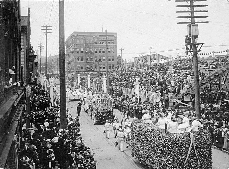 Rose Festival Parade In 1908