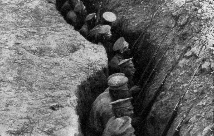 WW1 Photos Russian Trench