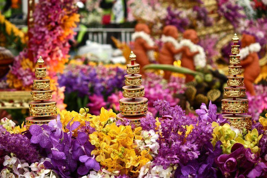 chelsea flower show buddhism