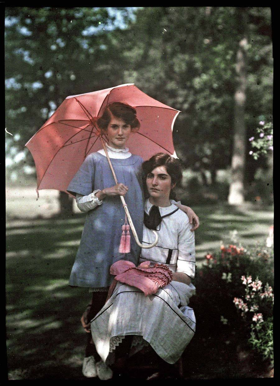 etheldreda laing autochrome pink parasol
