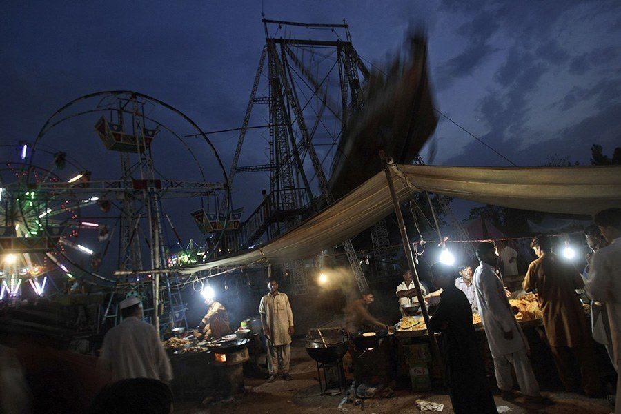 Pakistan amusement parks night