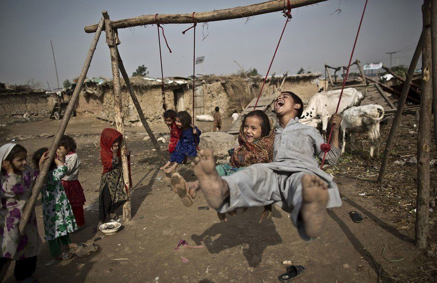 Pakistan amusement parks swingset