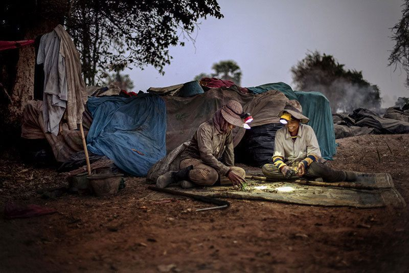 Women Work in Cambodian Dump