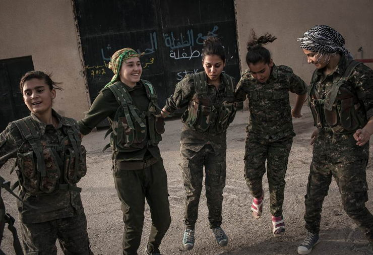 Female ISIS Fighters Dancing
