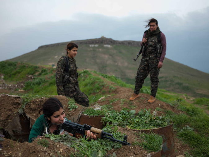 Female Kurdish Fighters