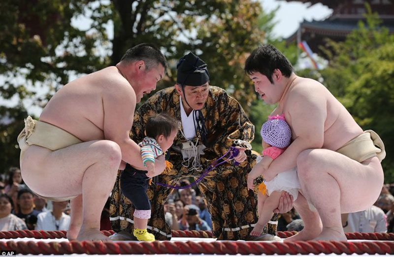 Nakizumo Crying Baby Contest