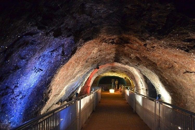 salt caves khewra tunnel