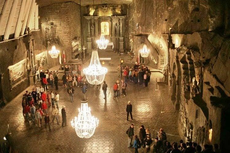 salt caves kinga chapel