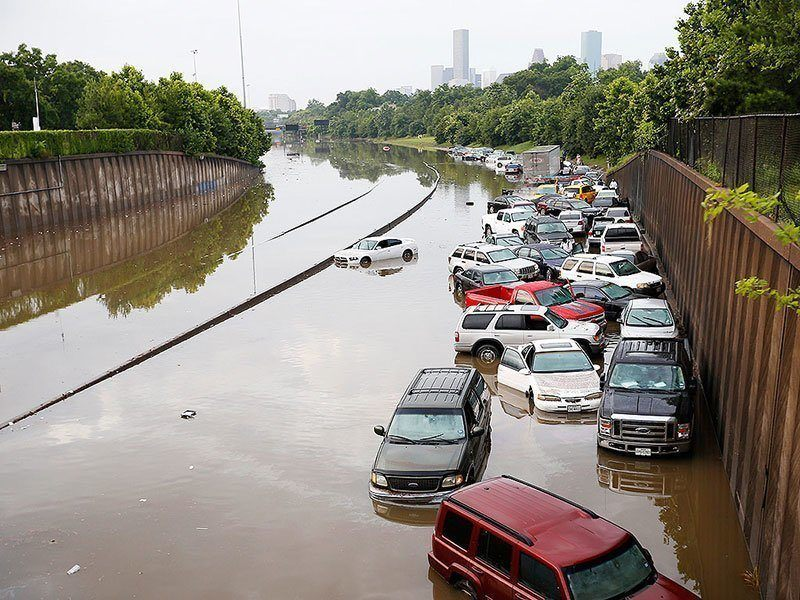 Texas Floods Underwater Cars