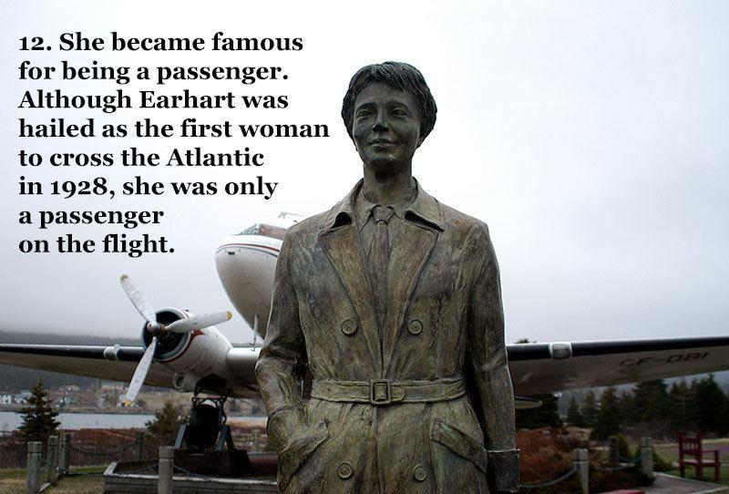 Statue of Pilot Earhart