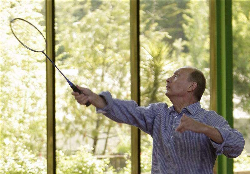 Glamorous Putin Badminton